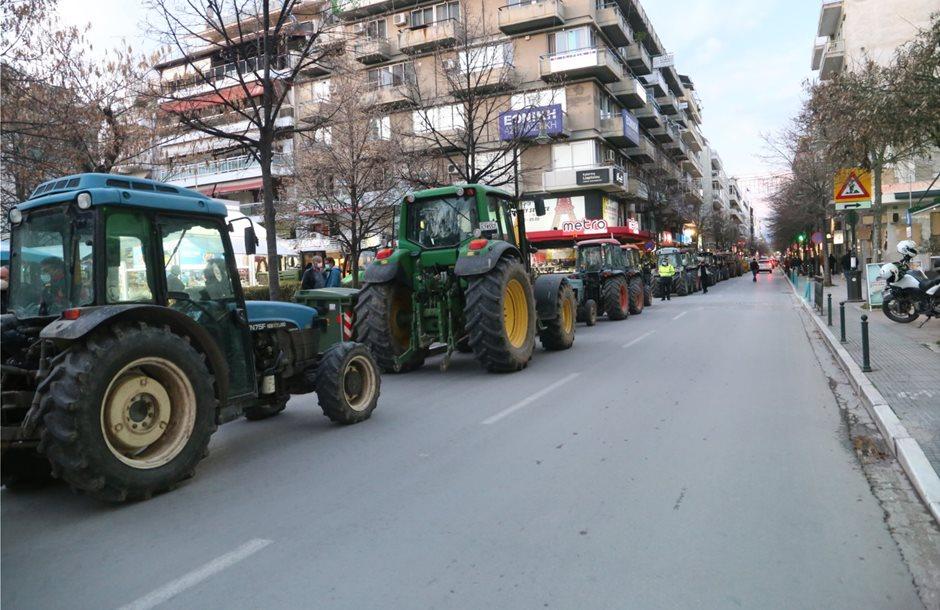 Κινητοποιήσεις αγροτών σε περιοχές της Λ¨αρισας