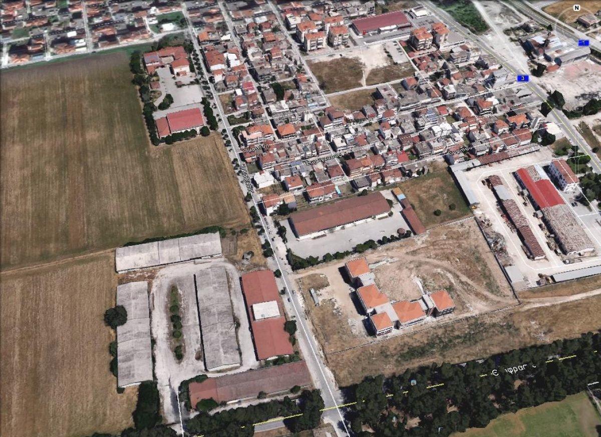 Βοτανικός κήπος, πολιτιστικός χώρος και μουσείο εδαφών στη Λάρισα