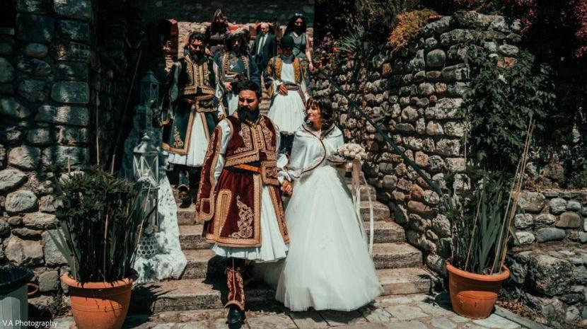 Τρίκαλα: Γάμος… εποχής 1821 στην Πόρτα Παναγιά (video)