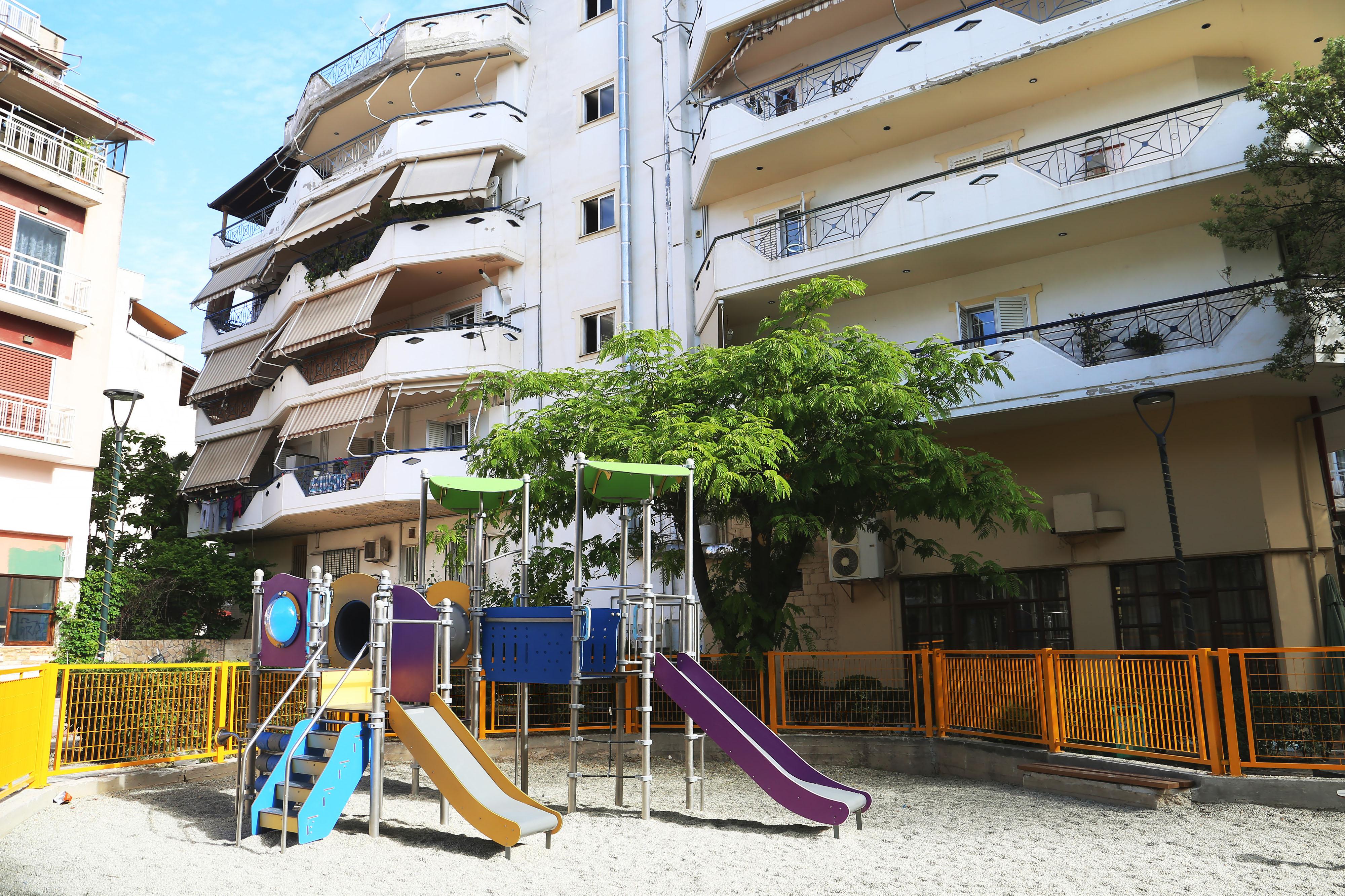 Ανακατασκευάστηκαν 23 παιδικές χάρες από τον Δήμο Λαρισαίων