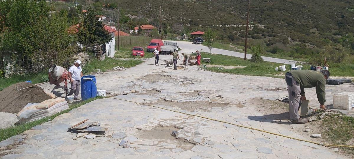Αποκατάσταση πλακόστρωτου στη Σκαμνιά Ολύμπου