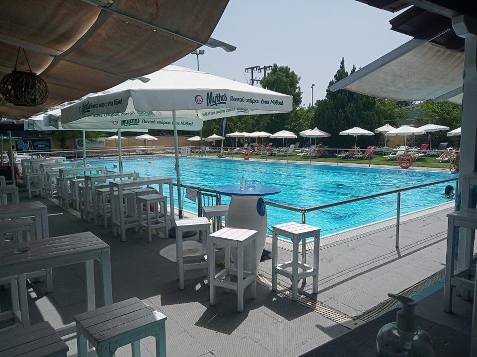 Η λύση για τον καύσωνα: η δημοτική πισίνα στη Νεάπολη λειτουργεί με δωρεάν είσοδο - ΦΩΤΟ