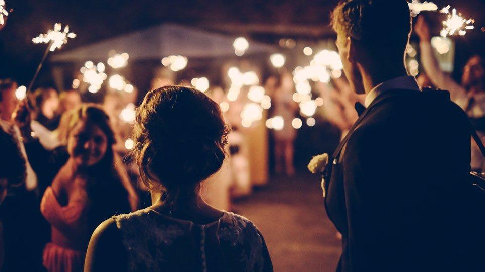 Χαλάρωση μέτρων: Γάμοι με 300 άτομα και μουσική αλλά χωρίς χορό - Διευκρινίσεις Παπαθανάση