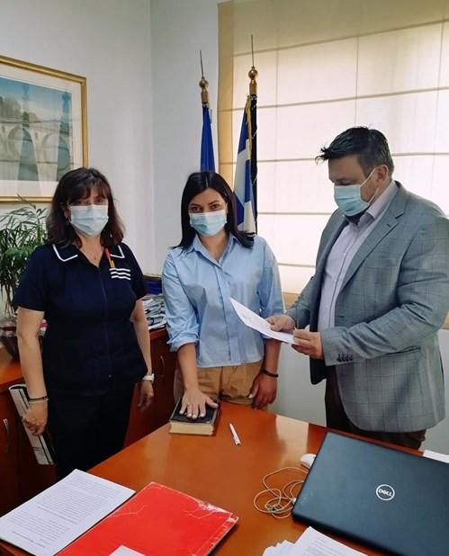 Ορκωμοσία νέας νοσηλεύτριας στο Γενικό Νοσοκομείο Λάρισας