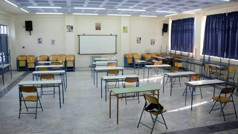 """Α. Συρίγος: """"Στόχος είναι να βελτιωθούν οι εκπαιδευτικοί, όχι να απολυθούν – Τι περιλαμβάνει η αναβάθμιση των σχολείων (video)"""