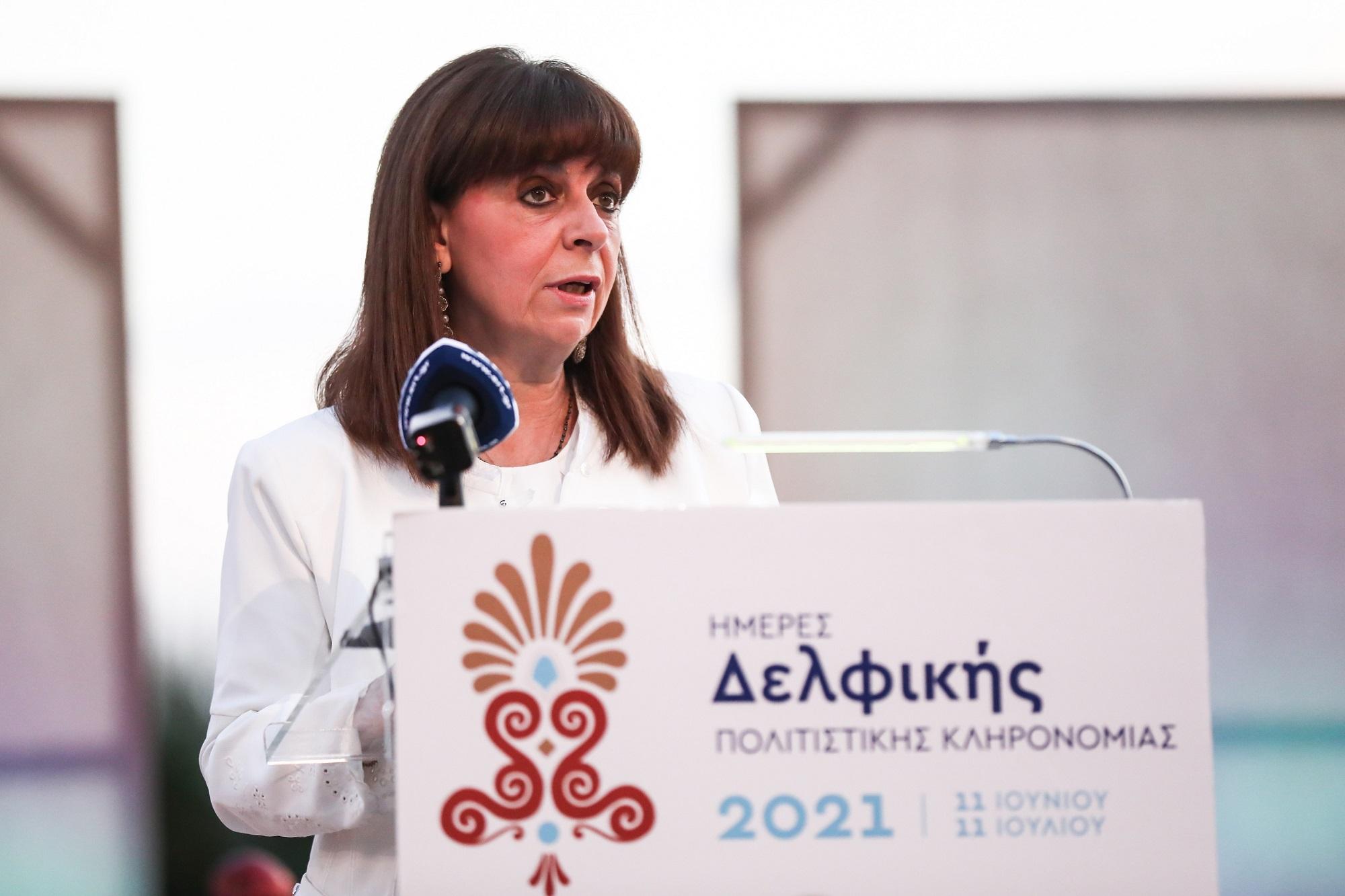 Βασιλόπουλος: Να γίνει υποχρεωτικός ο εμβολιασμός των υγειονομικών