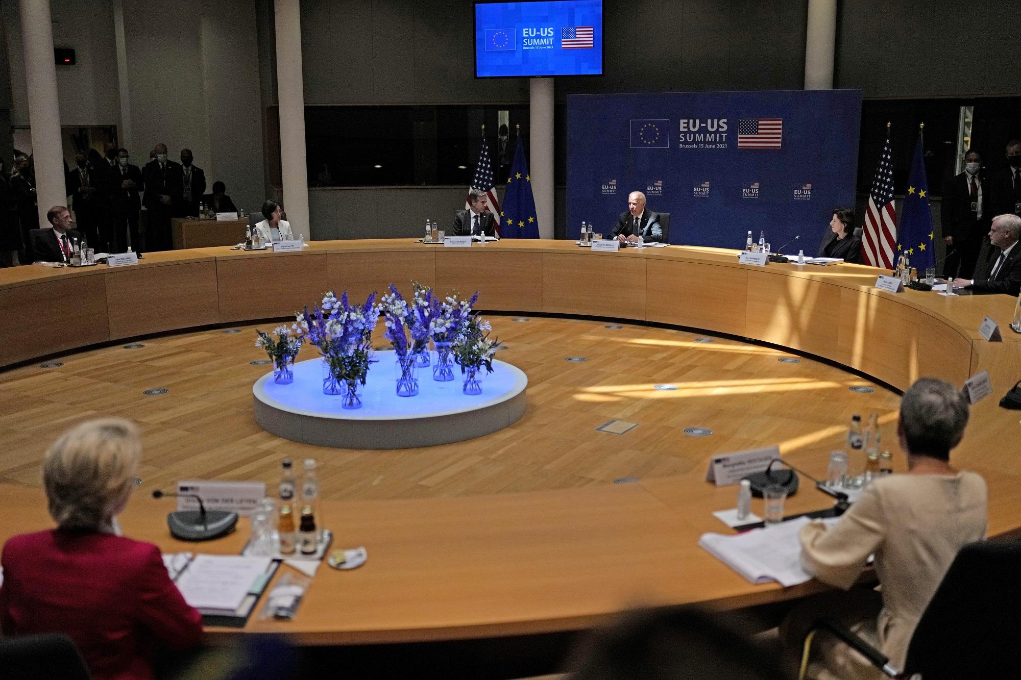 Κοινή δήλωση ΕΕ – ΗΠΑ: Συνεργασία για αποκλιμάκωση στην Αν. Μεσόγειο