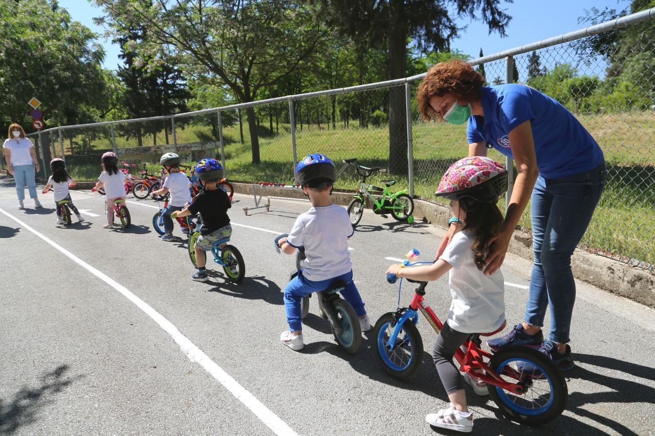 Συνέχιση και το μήνα Ιούνιο των δωρεάν προγραμμάτων ποδηλατικής οδηγικής συμπεριφοράς για παιδιά και τις οικογένειες τους