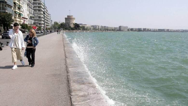 Πτωτικές τάσεις στο ιικό φορτίο στα αστικά λύματα Θεσσαλονίκης, σταθεροποιητικές στην Αττική