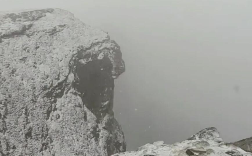 Απίστευτο και όμως αληθινό! Χιόνισε μέσα στον Ιούνιο στον Όλυμπο ΒΙΝΤΕΟ