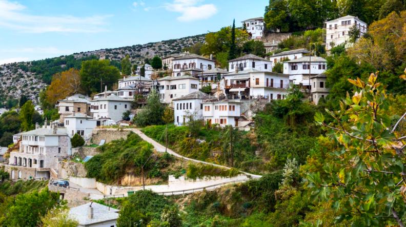 Κορωνοϊός - Μαγνησία: Μνημόσυνο έγινε εστία υπερμετάδοσης σε χωριό - Φόβοι για μεγάλη διασπορά