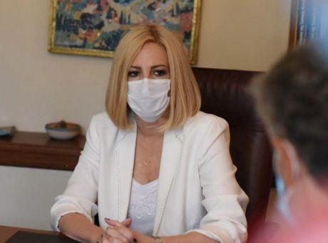 Κορινθία : Ομιλήτρια σε εκδήλωση για το περιβάλλον η Φ. Γεννηματά – Επίσκεψη στα καμένα στον Σχίνο