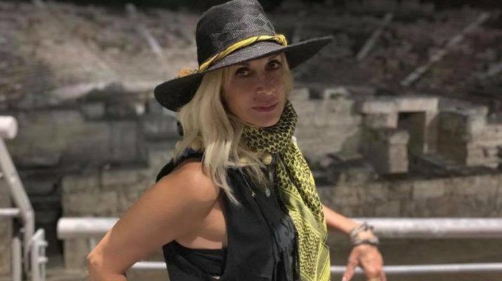 Η Άννα Βίσση στη Λάρισα – Απόλαυσε χθες τη νυχτερινή βόλτα της στην πόλη