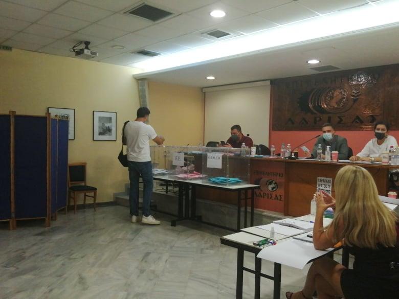 Σε εξέλιξη οι εκλογές στον Εμπορικό Σύλλογο Λάρισας (ΦΩΤΟ)