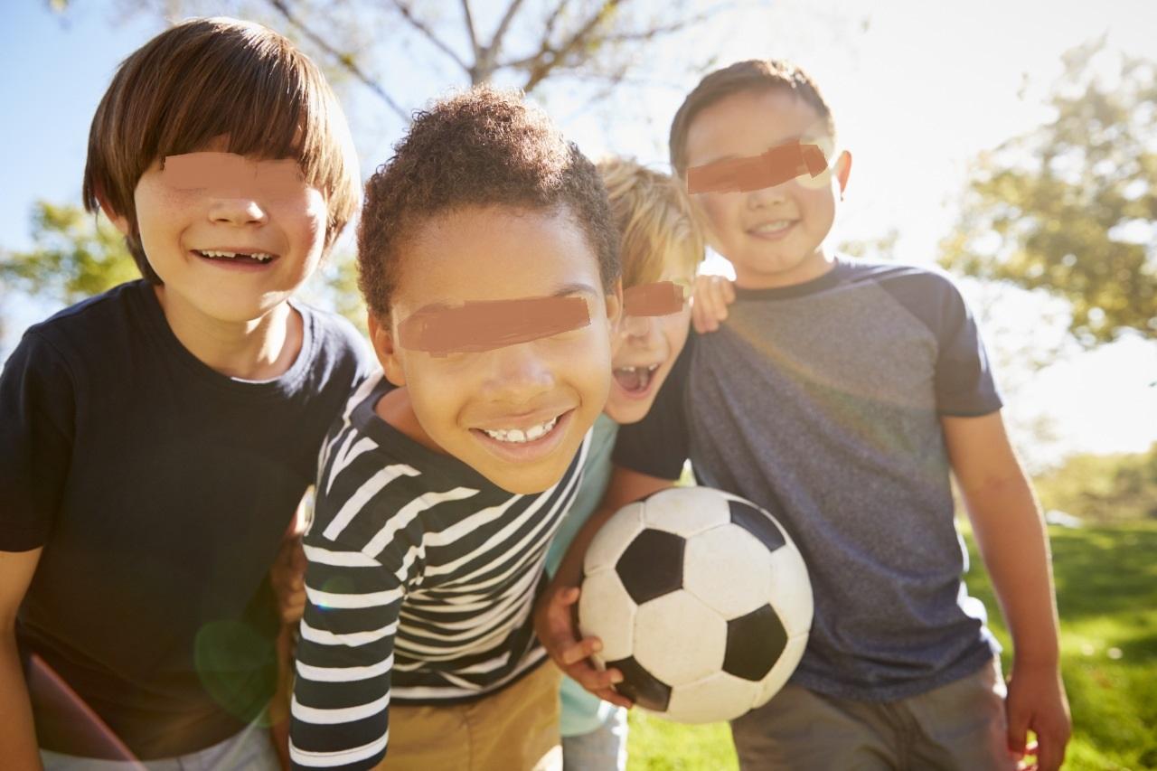Ποδοσφαιρικό τουρνουά «Μαραντόνα» για Έλληνες και πρόσφυγες μαθητές διοργανώνουν το Πάντειο και το ΑΠΘ